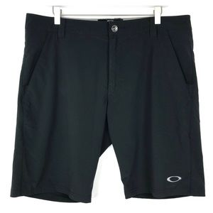 Men's Oakley Black Shorts Size 36